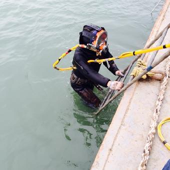 六盘水市水下切割公司 -堵漏队伍